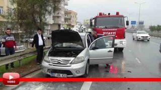 Antalya'da Hareket Halindeki Araç Alev Aldı, Yardıma Esnaf Koştu, Olay Anı Kamerada