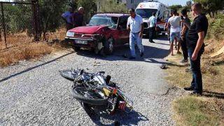Antalya'da Motosikletle Otomobil Çarpıştı: 1 Yaralı