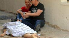 Antalya'da Balkon Panjurunu Yıkamak İsterken Düşüp Öldü